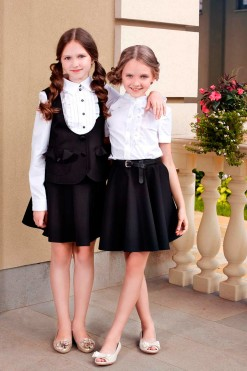 Two-piece school outfits: Short sleeve ruffle blouse, Balck skirt, Black U-neck vest , Long sleeve blouse with contrast buttons